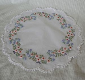 cotton doiry  - round